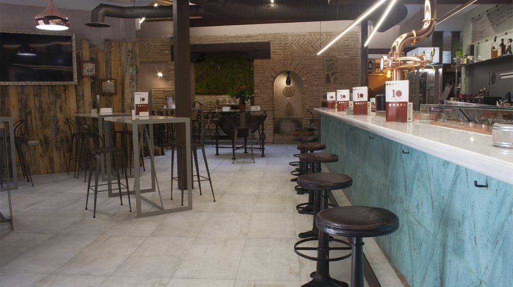 Visita nuestro bar