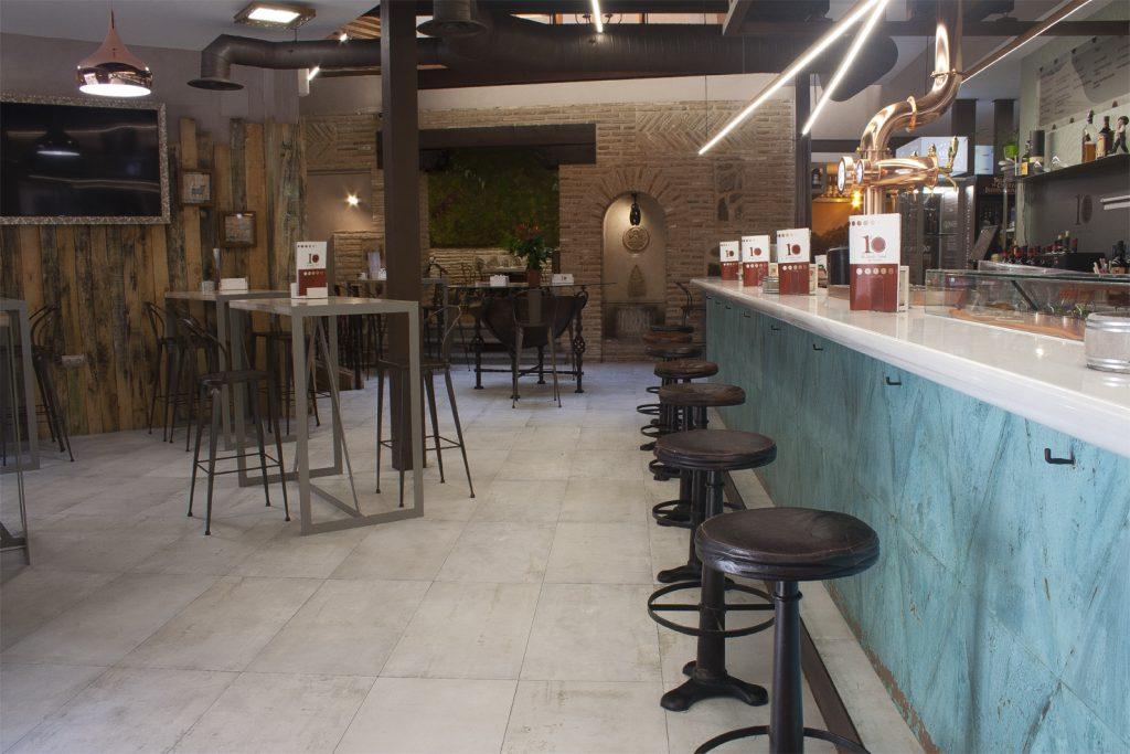 Visita nuestro bar 10